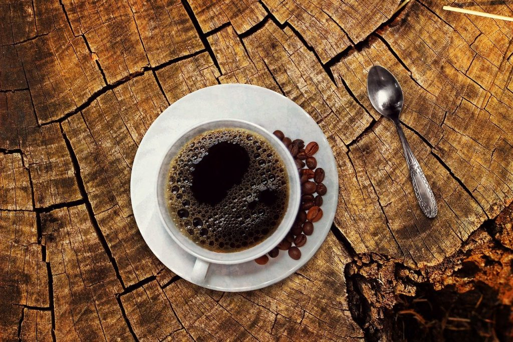 How are coffee stains removed from teeth?